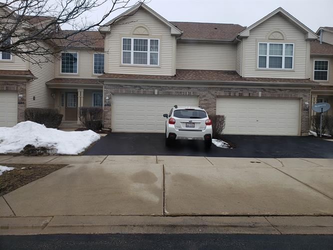 690 COUNTRYFIELD Lane, Elgin, IL 60120 - Image 1