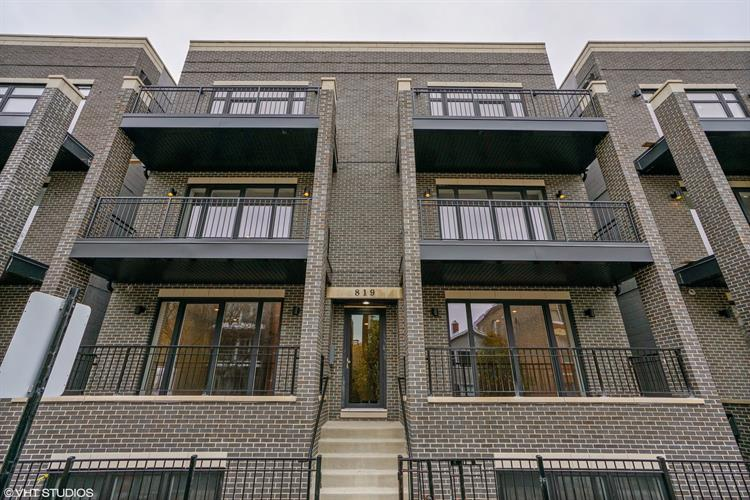 823 N PAULINA Street, Chicago, IL 60622 - Image 1