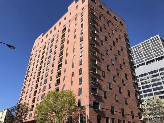345 N Canal Street, Chicago, IL 60606 - Image 1
