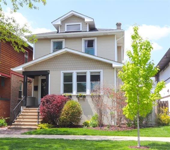 1047 N Mapleton Avenue, Oak Park, IL 60302 - Image 1