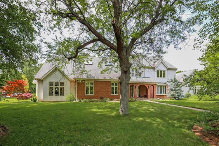 6 Aintree Road, St Charles, IL 60174 - Image 1