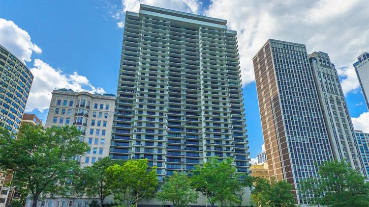 1212 N Lake Shore Drive, Chicago, IL 60610 - Image 1