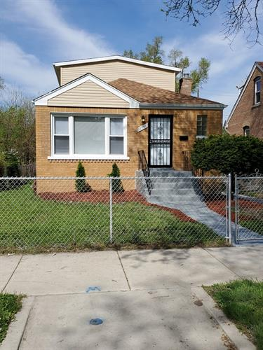 12758 S PARNELL Avenue, Chicago, IL 60628 - Image 1