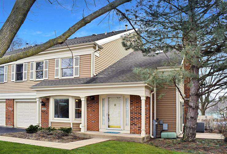2565 HUNTER Drive, Arlington Heights, IL 60004 - Image 1