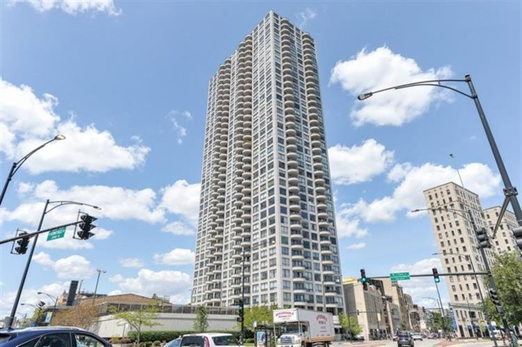 2020 N Lincoln Park West, Chicago, IL 60614 - Image 1