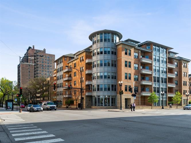 5556 N Sheridan Road, Chicago, IL 60640 - Image 1