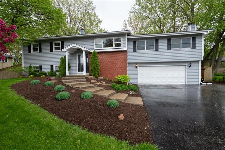 125 Adler Drive, Libertyville, IL 60048 - Image 1