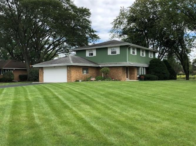 23 South Wildwood Drive, Prospect Heights, IL 60070 - Image 1