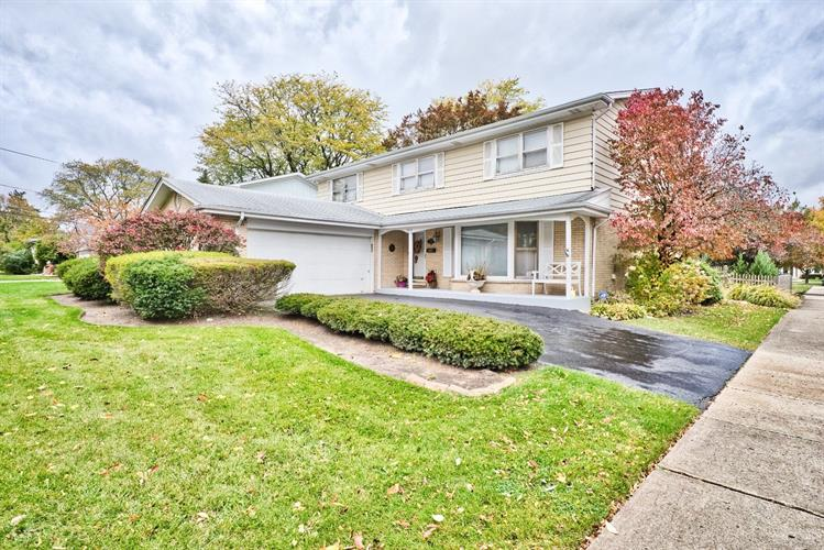 2824 Knollwood Lane, Glenview, IL 60025 - Image 1
