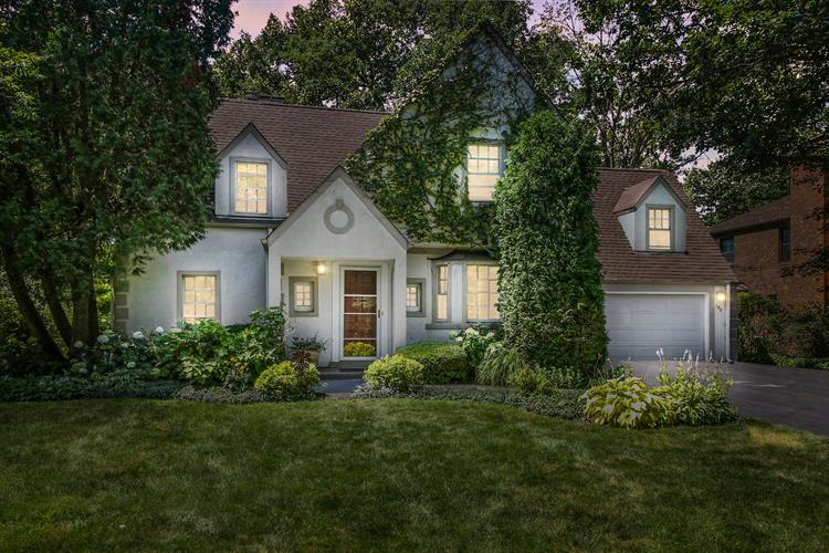 140 Indian Tree Drive, Highland Park, IL 60035 - Image 1