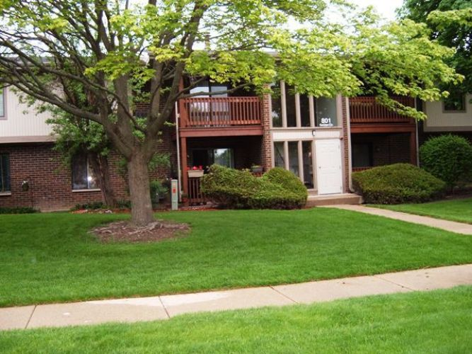 801 Garden Circle, Streamwood, IL 60107 - Image 1