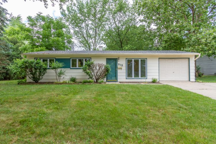 212 Greenbriar Lane, Streamwood, IL 60107 - Image 1