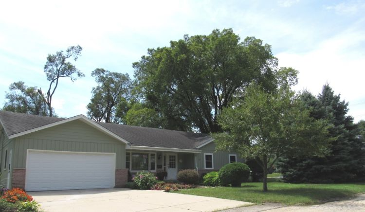 108 E 2nd Avenue, New Lenox, IL 60451 - Image 1