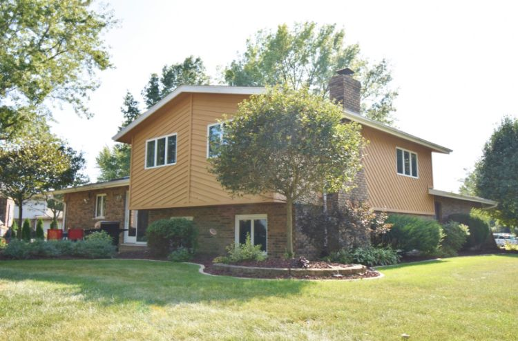 2800 Farm View Road, New Lenox, IL 60451 - Image 1