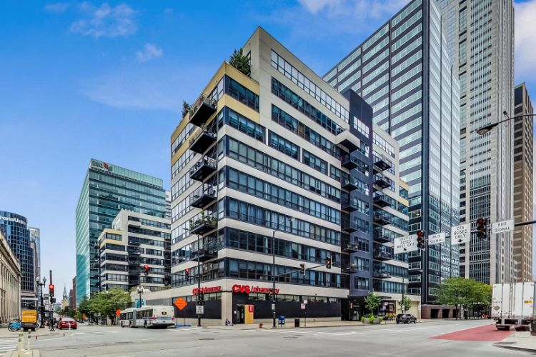 130 S Canal Street, Chicago, IL 60606 - Image 1