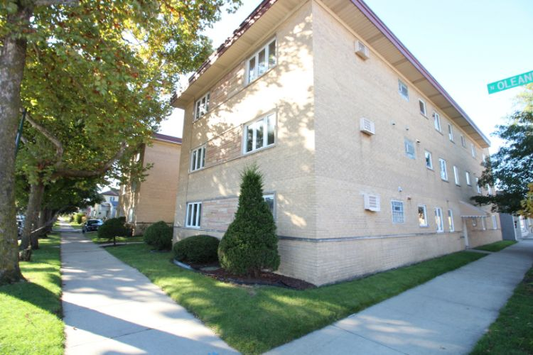 3552 N Oleander Avenue, Chicago, IL 60634 - Image 1
