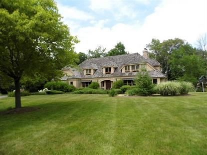 1489 Heritage Court, Lake Forest, IL