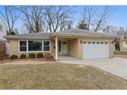 120 S Gibbons Avenue, Arlington Heights, IL