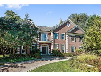 932 Pine Tree Lane, Winnetka, IL