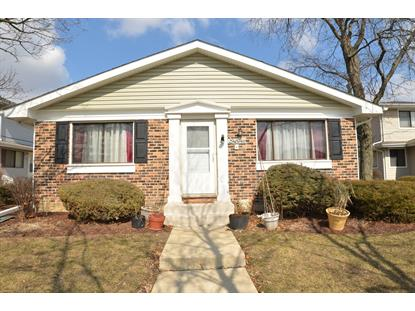 29W574 Winchester Circle, Warrenville, IL