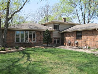 3085 Hillside Lane, Darien, IL