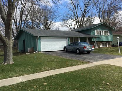 521 Sunshine Court, Algonquin, IL