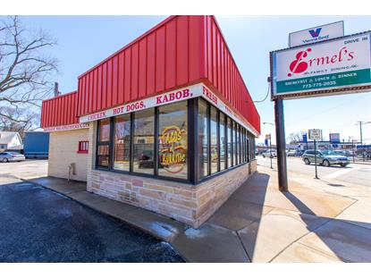 5729 N Northwest Highway Chicago, IL MLS# 09924738