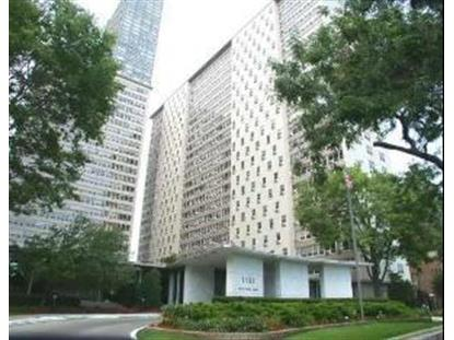 3950 N LAKE SHORE Drive, Chicago, IL