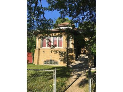 7521 S Emerald Avenue, Chicago, IL
