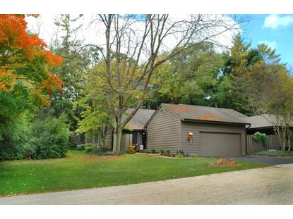 58 Lakewood Circle, St Charles, IL