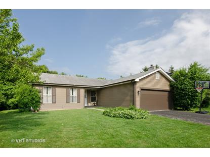 745 Applewood Lane, Algonquin, IL