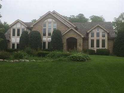 120 Saint Francis Circle, Oak Brook, IL
