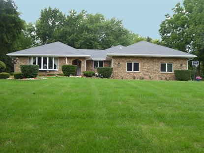 16 Chipping Campden Drive South Barrington, IL MLS# 10008684