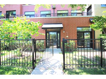 2912 N Riverwalk Drive, Chicago, IL