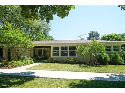 1315 W Elm Street, Arlington Heights, IL