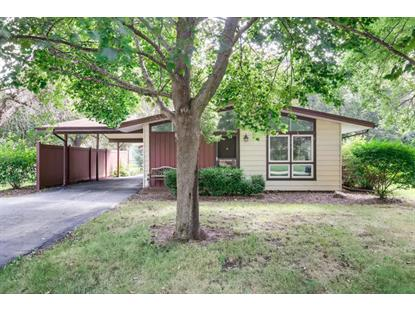 30477 N Oak Grove Avenue, Libertyville, IL