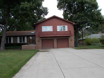 840 QUEENS Lane, Glenview, IL