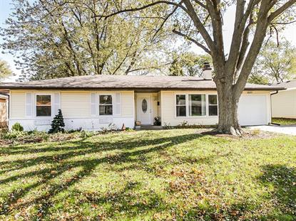 1527 N Kennicott Avenue Arlington Heights, IL MLS# 10120434