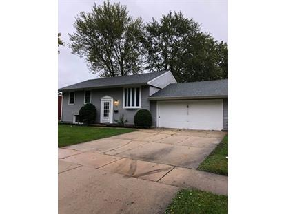 709 Parkside Circle, Streamwood, IL