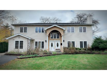 36 Chestnut Road, Northbrook, IL