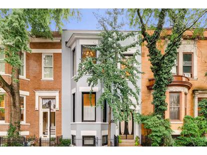 3833 N Alta Vista Terrace Chicago, IL MLS# 10251389