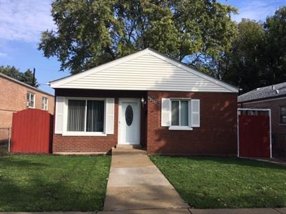 2144 W 72nd Place Chicago, IL MLS# 10436334