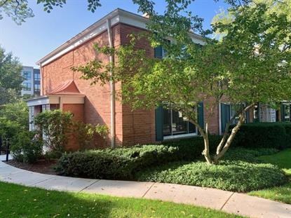 612 Carriage Hill Drive Glenview, IL MLS# 10567027