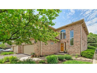 422 Ashbury Drive Hinsdale, IL MLS# 10727422