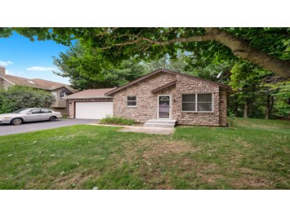 107 South West Gables Drive Poplar Grove, IL MLS# 10809121