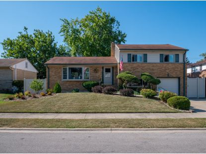 906 SHERMAN Avenue Melrose Park, IL MLS# 10878687