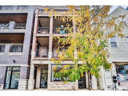 4355 N LINCOLN Avenue Chicago, IL MLS# 10915874