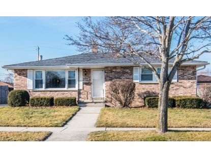 2132 25th Avenue Kenosha, WI MLS# 10955072