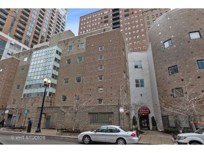 40 E 9th Street Chicago, IL MLS# 10972945