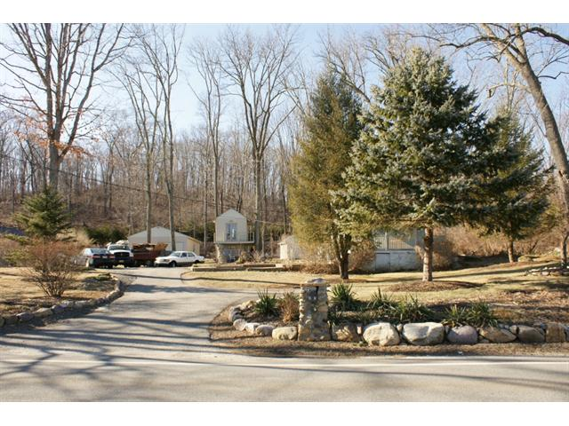 21 Meriden Road, Rockaway Twp., NJ 07866